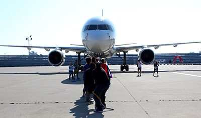 2017 UPS Plane Pull
